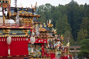 八幡神社の表参道